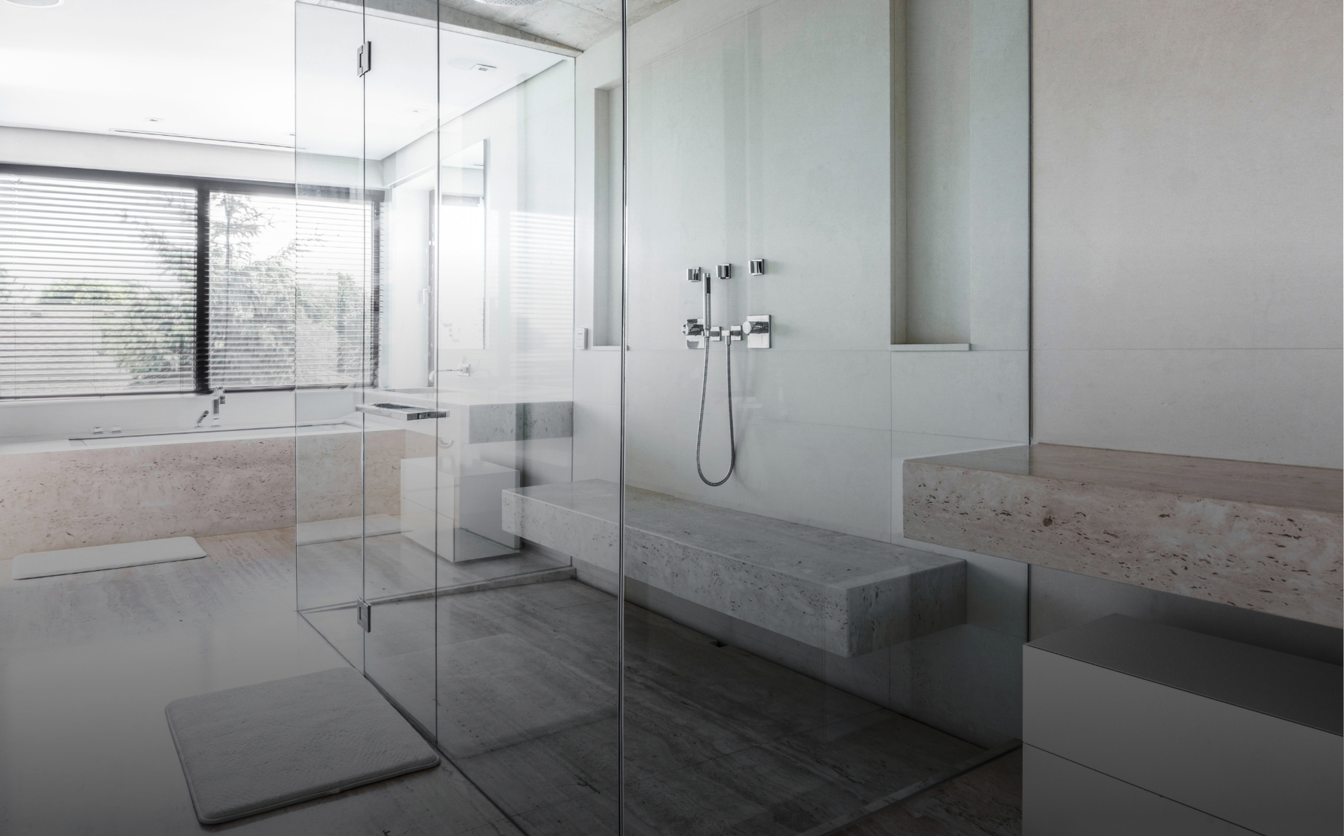 about panorama shower screen